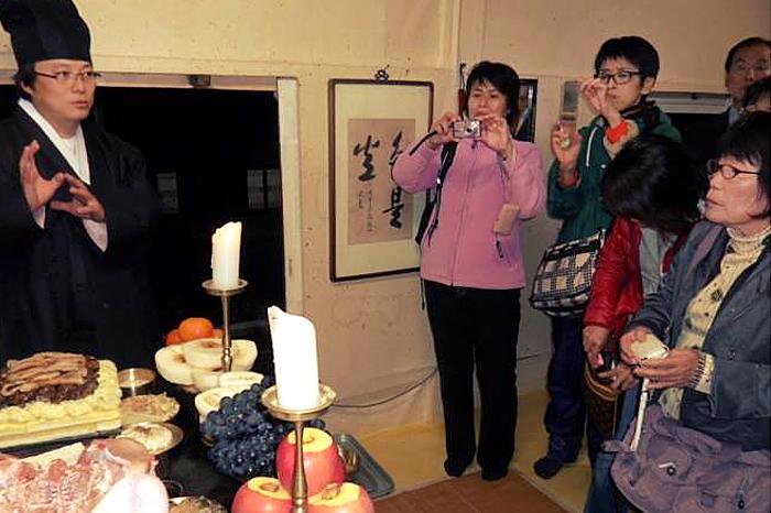 宗家府的祭祀 为了说明韩国传统思想和祭礼饮食·文化,所以宗家也